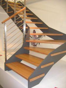 גרם-מדרגות-ברזל-07