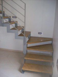 גרם-מדרגות-ברזל-19
