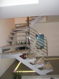 גרם-מדרגות-05