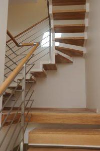גרם-מדרגות-18