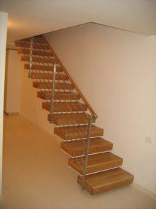 גרם-מדרגות-20