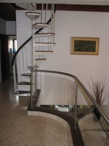 גרם-מדרגות-31