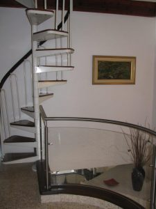 גרם-מדרגות-32