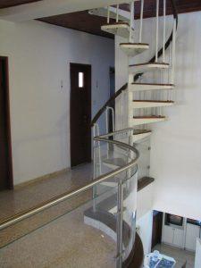 גרם-מדרגות-33
