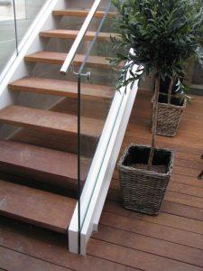 גרם-מדרגות-37