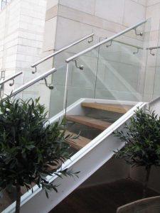 גרם-מדרגות-38