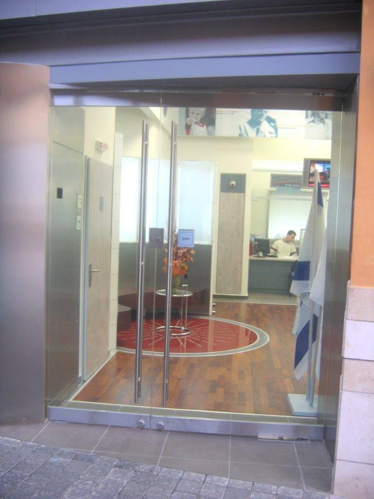 דלתות-זכוכית-14