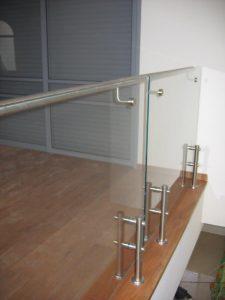 מעקה-נירוסטה-וזכוכית-שלי-09
