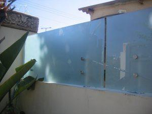 מעקה-נירוסטה-וזכוכית-שלי-11