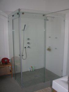 מקלחון-הזזה-פינתי-02