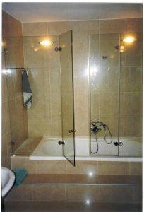 מקלחון-על-אמבטיה-09