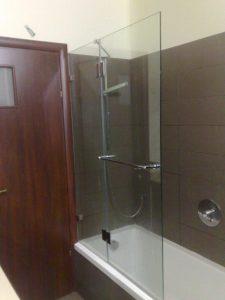 מקלחון-על-אמבטיה-10