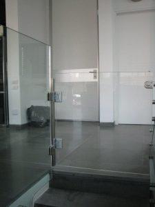 שער-זכוכית-למדרגות-18