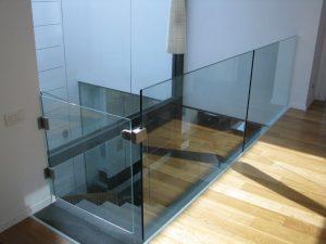 שער-זכוכית-למדרגות-19